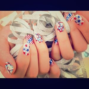 Color Street Nail Strips Miss Stars & Stripes